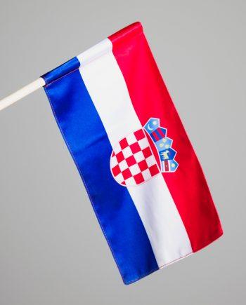 Hrvatska zastavica na štapu